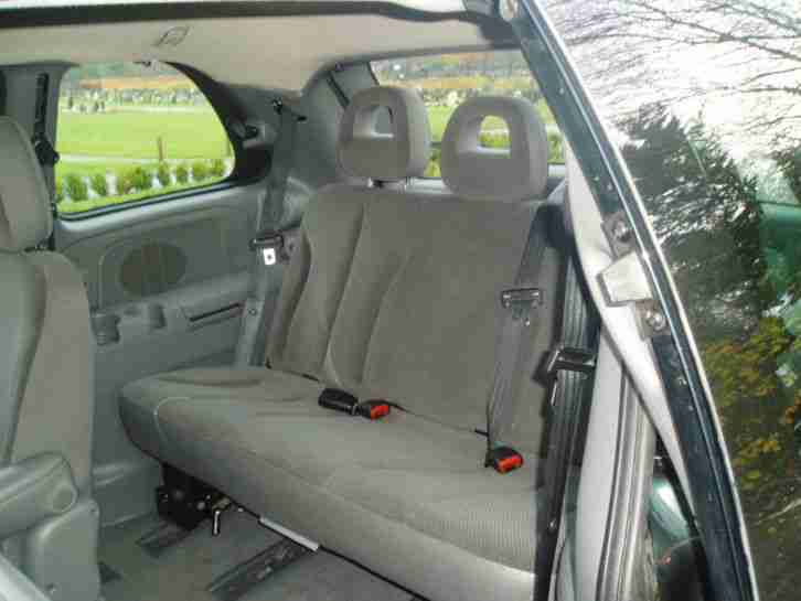 2008 CHRYSLER VOYAGER LX GREEN
