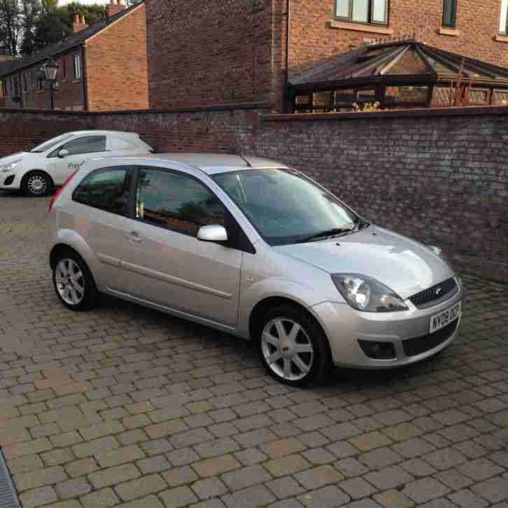 Ford 2008 FIESTA ZETEC BLUE 75 SILVER. car for sale