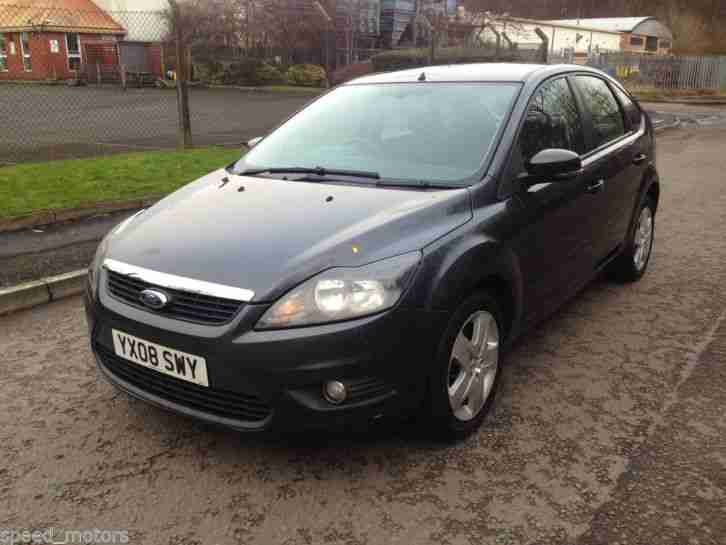 Ford Focus Style 100 Grey
