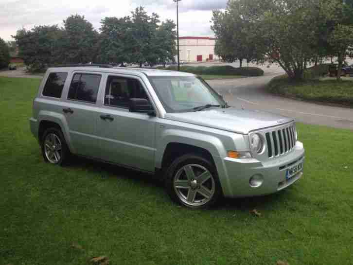 jeep 2008 patriot sport silver 4x4 2 or 4 wheel drive car for sale. Black Bedroom Furniture Sets. Home Design Ideas