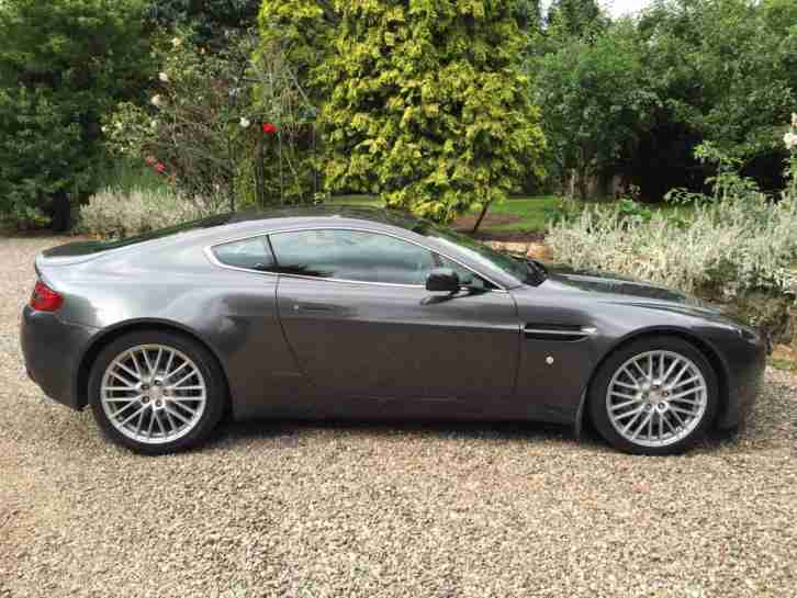 2009 / 09 Aston Martin Vantage 4.7 V8 Coupe - Low mileage - Navigation