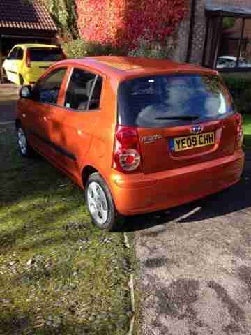2009 09 KIA PICANTO CHILL ORANGE 8K MILES MOT JUNE 17 CONTACT 07757074242