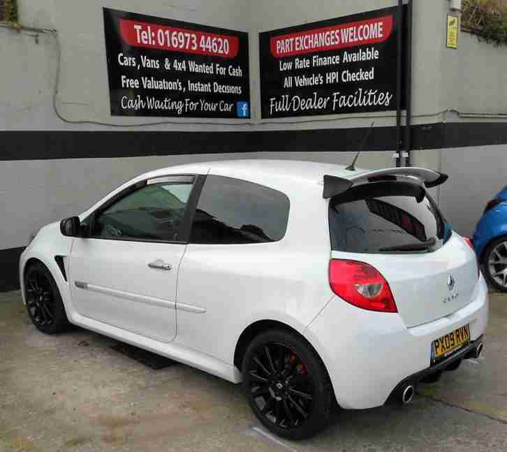 2009/09 RENAULT CLIO 2.0 16v SPORT 200 3DR,PERFORMANCE UPGRADES,55K FSH FOR SALE