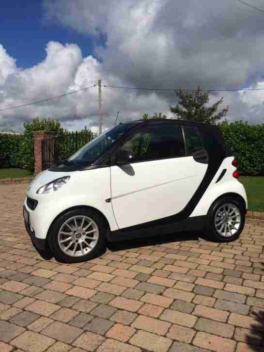 smart 2009 09 car fortwo passion mhd auto convertible white car for sale. Black Bedroom Furniture Sets. Home Design Ideas