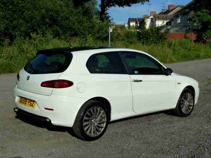 alfa romeo 147 white - photo #17