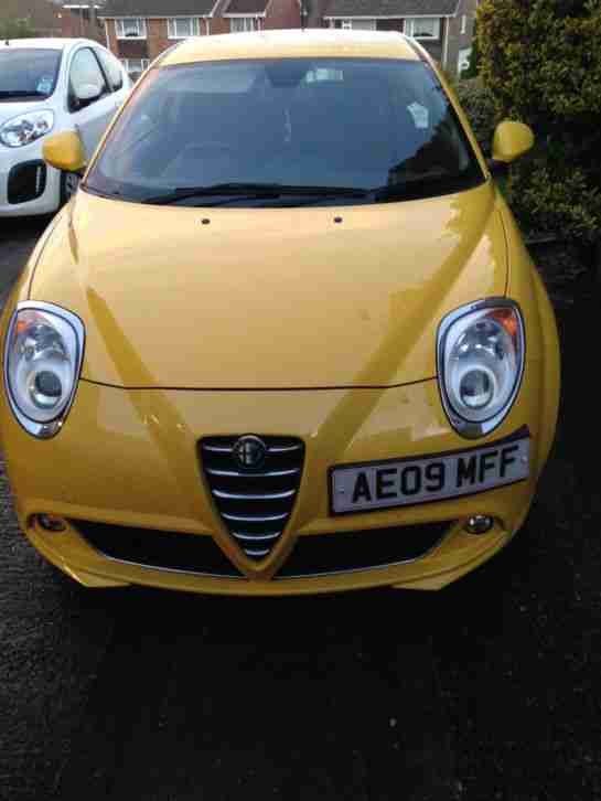 alfa romeo 2009 mito lusso t 120 yellow car for sale. Black Bedroom Furniture Sets. Home Design Ideas