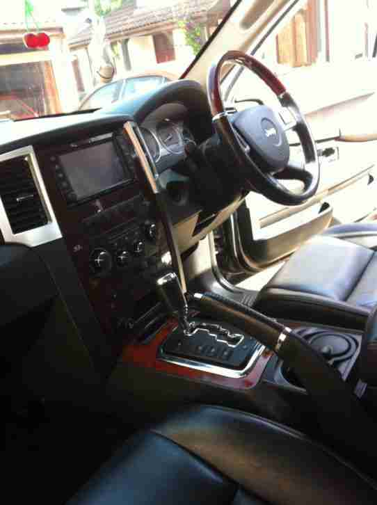 2009 JEEP G-CHEROKEE OVERLAND CRD A BLACK