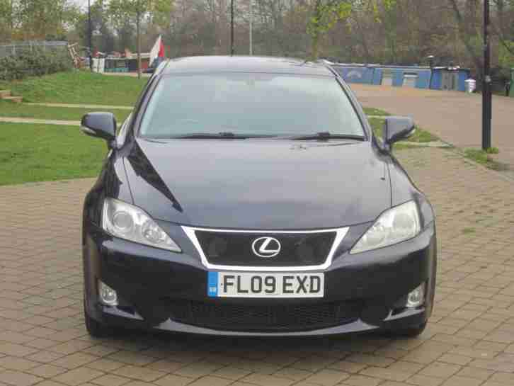 2009 Lexus IS 220d 2.2TD SE in lovely condition throughout