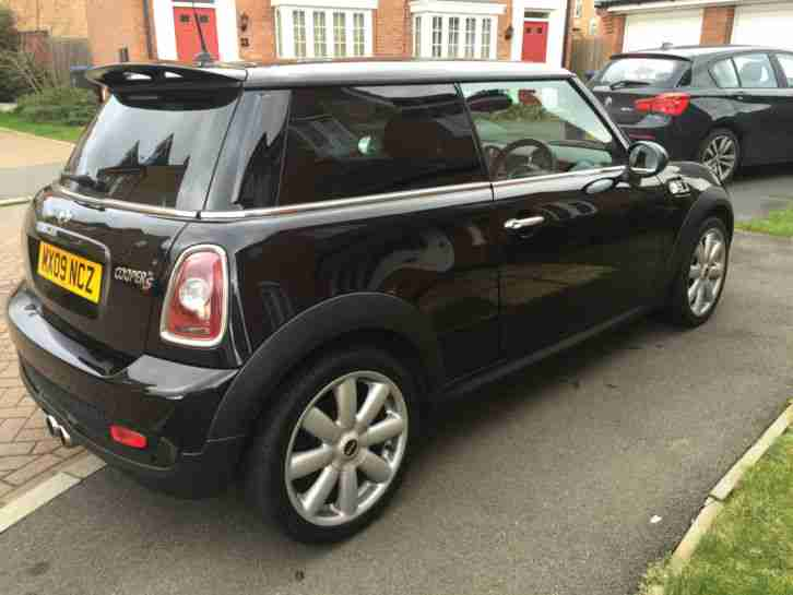 mini 2009 cooper s black leather interior 175bhp immaculate condition. Black Bedroom Furniture Sets. Home Design Ideas