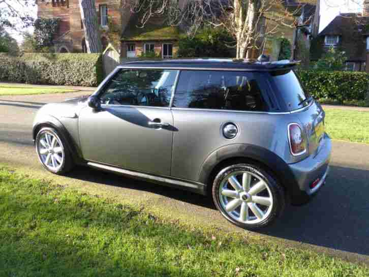Mini 2009 Cooper S With Chilli Pack Bluetooth Immaculate Car With