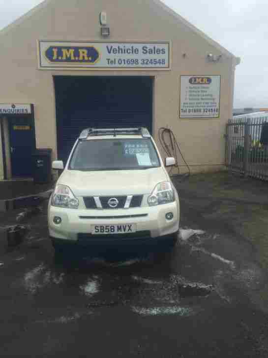 2009 NISSAN XTRAIL ARCTIX EXPEDITION DCI 173 WHITE