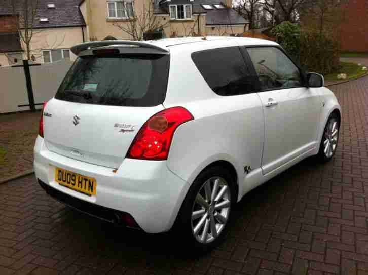 suzuki 2009 rare pearl white swift 1 6 vvt 130ps sport fsh car for sale. Black Bedroom Furniture Sets. Home Design Ideas
