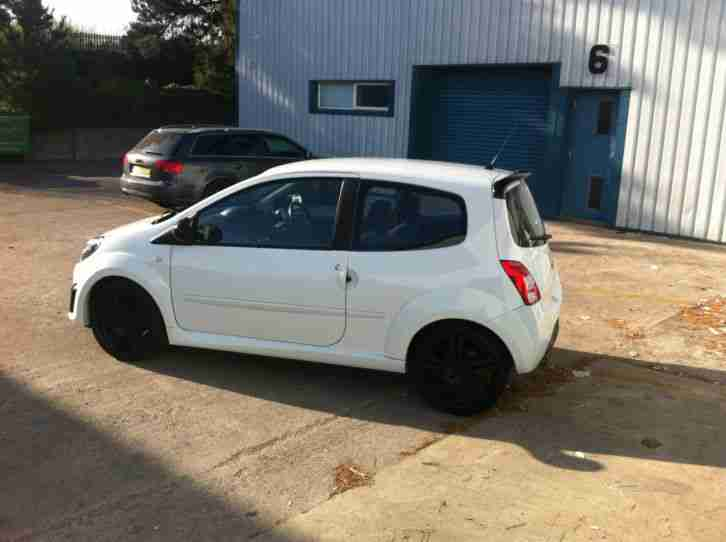 Renault 2009 Twingo Sport Cup White Car For Sale