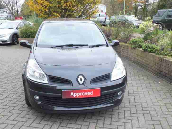 Renault Clio 1 4 Rn Automatic Red 3 Door With Only 26000