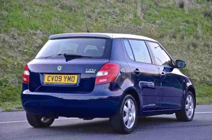 skoda 2009 fabia level 2 tdi hatchback diesel car for sale. Black Bedroom Furniture Sets. Home Design Ideas