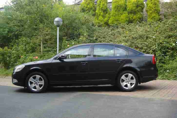 2009 SKODA OCTAVIA ELEGANCE TDI S-A BLACK EXCELLENT CONDITION