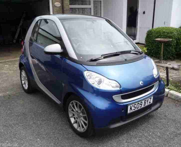 2009 SMART FORTWO PASSION MHD AUTO BLUE SILVER Only 25,500 miles!