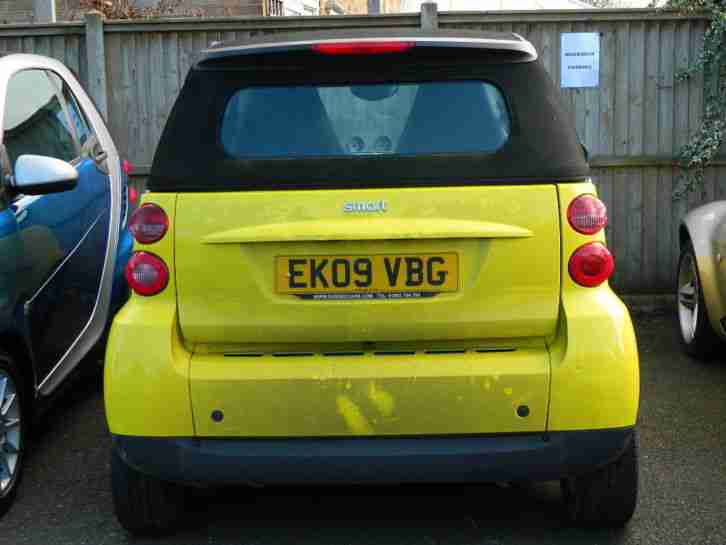 2009 SMART FORTWO PASSION MHD AUTO CABRIO SILVER WITH YELLOW PANELS - NON RUNNER