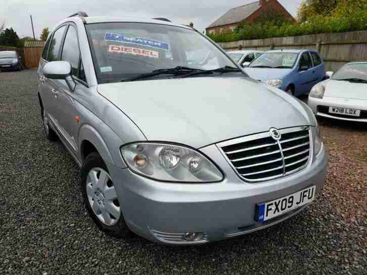 2009 Rodius 2.7 S 7 SEATER MPV Only