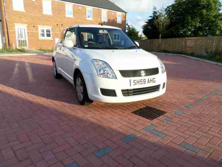 2009 Swift 1.3 gl white 3 door
