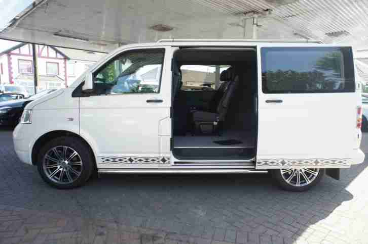 Volkswagen TRANSPORTER. Volkswagen car from United Kingdom