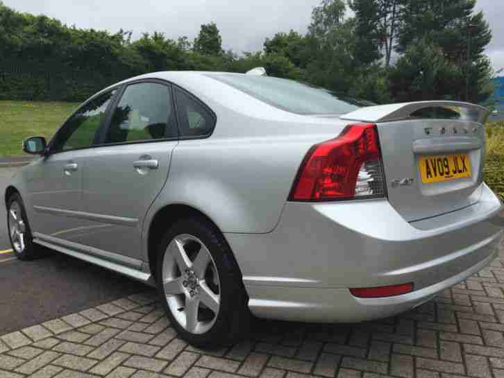 2009 VOLVO S40 SPORT R-DESIGN, 1.6 D, 60+MPG CRUISE CONTROL, BLUETOOTH, LEATHERS