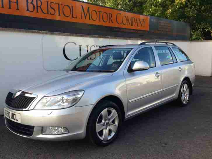 skoda 2010 10 octavia 2 0 tdi 140bhp elegance 5dr estate silver 6speed. Black Bedroom Furniture Sets. Home Design Ideas