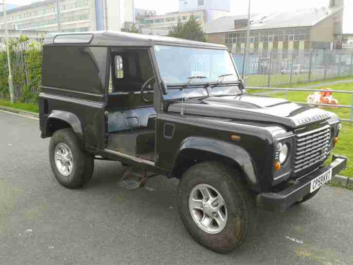 2010 59 Plate Land Rover Defender 90 County Van Damaged