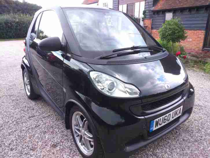 2010(60) Smart Fortwo 1.0 mhd (71bhp) Passion start stop Sat nav, £20 a year tax