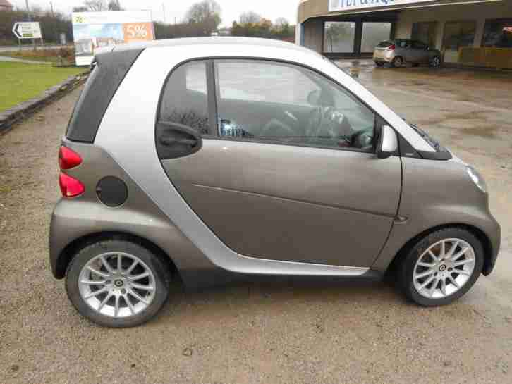 smart 2010 39 60 39 fortwo 54bhp passion low mileage. Black Bedroom Furniture Sets. Home Design Ideas
