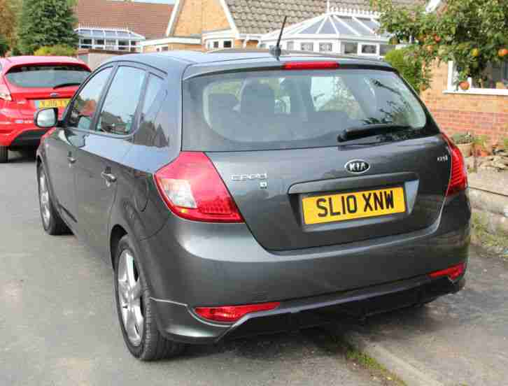 2010 KIA CEED 3 CRDI GREY 45000 miles FSH 1 previous owner