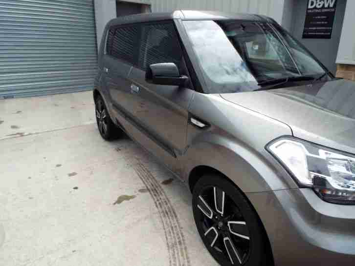 2010 KIA SOUL TEMPEST CRDI SILVER CHEAP CAR.