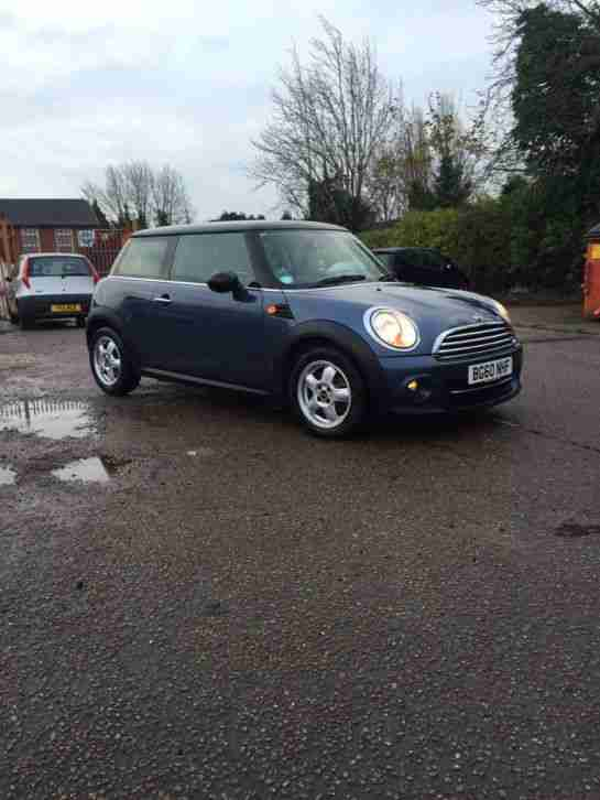 2010 LOW MILEAGE COOPER ONE AUTOMATIC