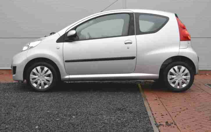 2010 PEUGEOT 107 1.0 Urban ECONOMICAL, LOW MILEAGE