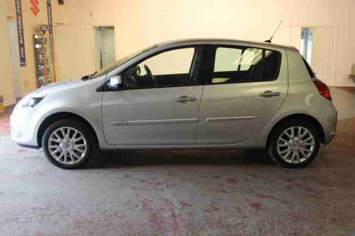2010 RENAULT CLIO 1.5 DCI DYNAMIQUE TOM TOM 5 DOOR MANUAL