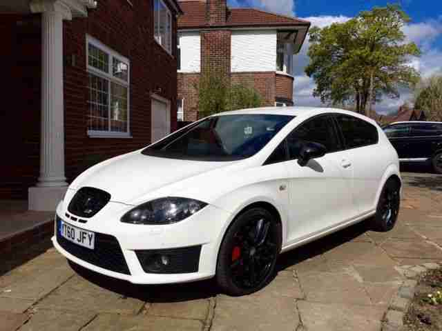 seat 2010 leon cupra r fsh white car for sale. Black Bedroom Furniture Sets. Home Design Ideas