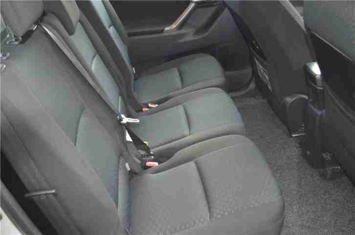 2010 Toyota Verso TR D-4D Diesel Silver Manual