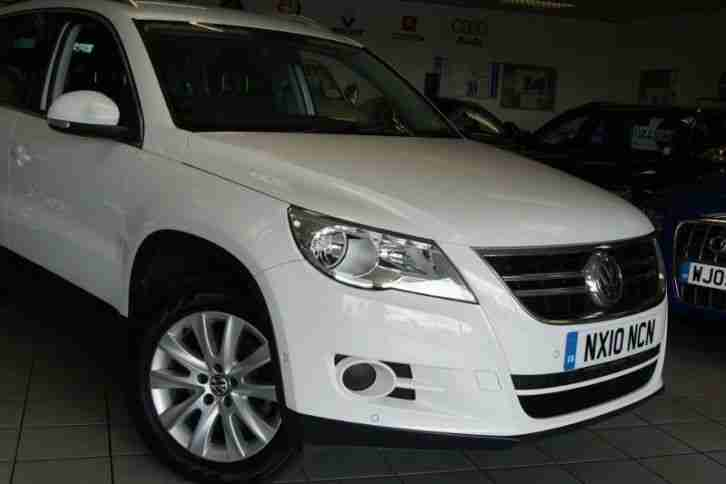 2010 VOLKSWAGEN TIGUAN SE TDI 4MOTION STUNNING LOW MILEAGE ONE OWNER CAR LIGHT 4