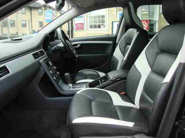 2010 VOLVO V70 2.4D [175] R DESIGN SE GEARTRONIC AUTO FULL LEATHER and SAT NAV