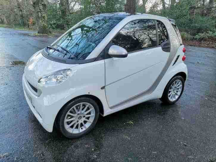 2011 11 FORTWO 0.8 PASSION CDI 2D 54