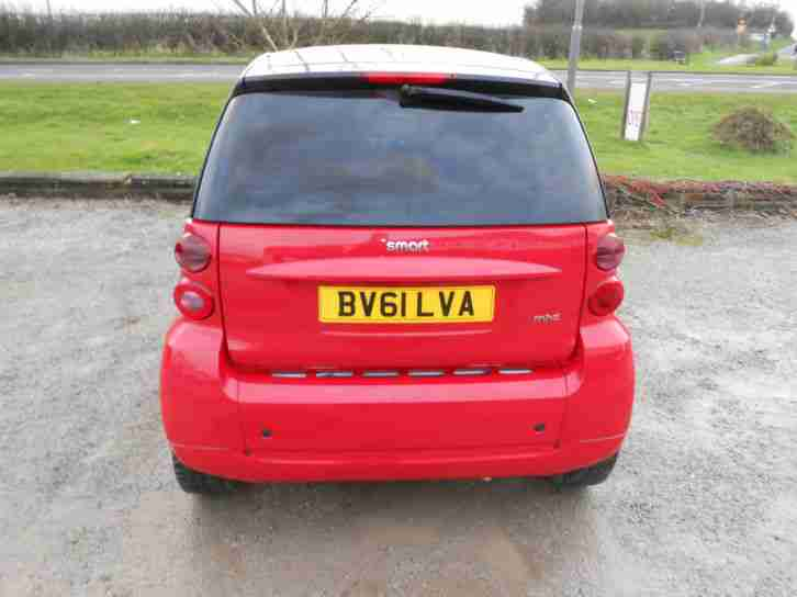 smart 2011 39 61 39 fortwo 71bhp passion low mileage. Black Bedroom Furniture Sets. Home Design Ideas