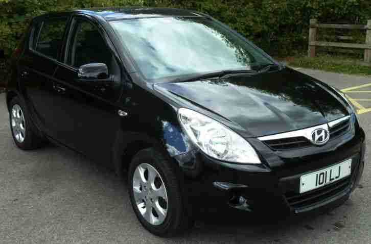 Hyundai 2011 I20 1 2 Comfort 5 Door Hatchback Black Car