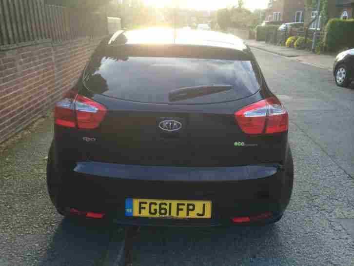 2011 KIA RIO 2 ECODYNAMICS CRDI BLACK ONLY 1 OWNER 36,000 MILES FMDSH