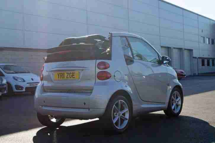 2011 SMART FORTWO CABRIO Pulse mhd 2dr Softouch Auto