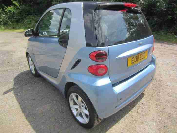 2011 SMART FORTWO Pulse mhd 2dr Softouch Auto [2010]