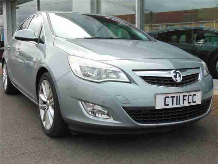2011 vauxhall astra elite cdti diesel silver manual car for sale. Black Bedroom Furniture Sets. Home Design Ideas