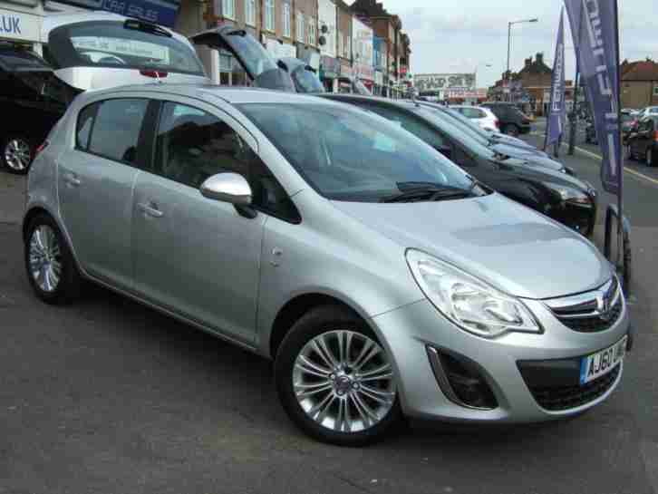 2011 vauxhall corsa 1 4 i 16v se 5dr a c car for sale. Black Bedroom Furniture Sets. Home Design Ideas