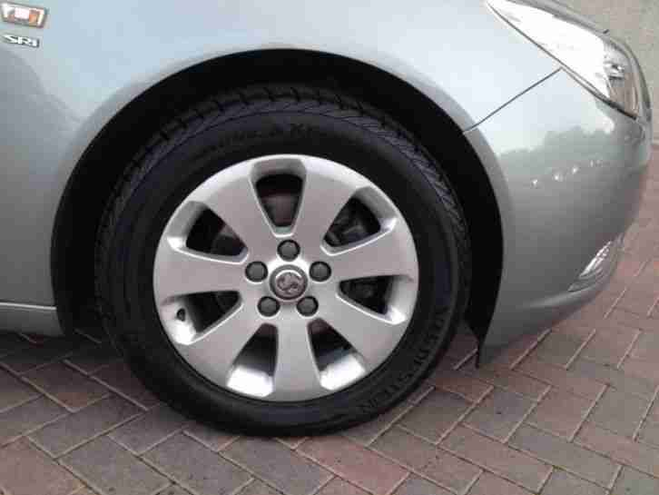 2011 Vauxhall Insignia 1.8 SRi Estate Petrol Silver Manual
