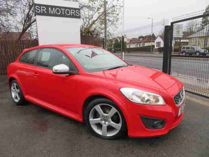 2011 Volvo C30 2.0 R Design (FANTASTIC CONDITION, WARRANTY)