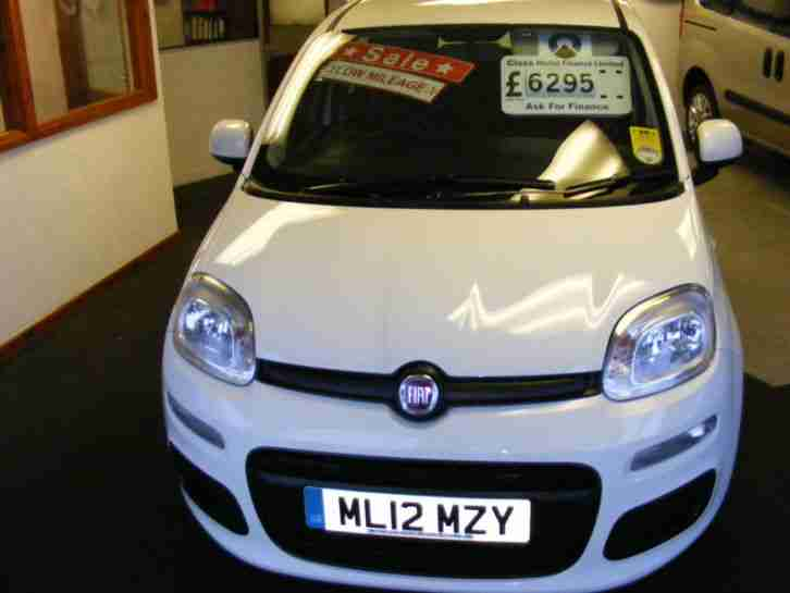 2012 12 New Model Fiat Panda 1.2 8v ( 69bhp ) Pop, £30 TAX, 5 SEATER, LOW MILES